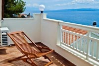 Enjoy a sunbath in Okrug Gornji