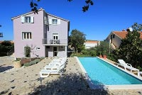Holiday house for 13 people in Banjole