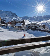 View of the slope from an apartment for 4 people in Val Thorens.