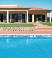 Pool villa for 6 people on the Algarve