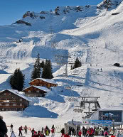 Switzerland in winter | Holiday fun near the piste